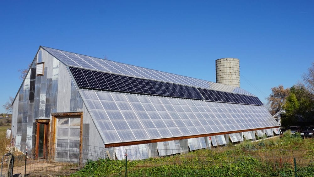 Captivating 5 Tips For Building A Solar Powered Greenhouse