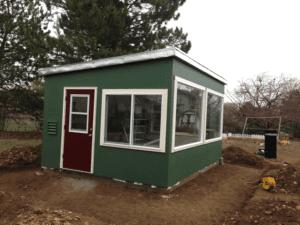 Underground insulation greenhouse