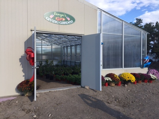 Year Round Commercial Greenhouse